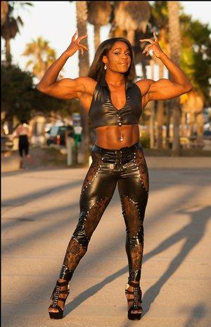 Bodybuilder Black Pictures