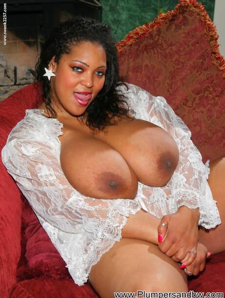 Big Boobs Black Pictures