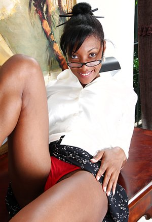 Upskirt Black Pictures