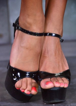 Feet Black Pictures
